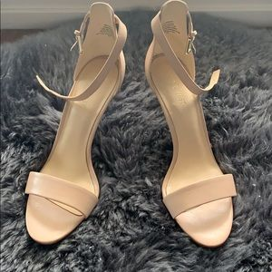 Nine West blush/pink heeled sandal